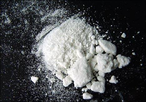 Adolescente é flagrado com cocaína e crack