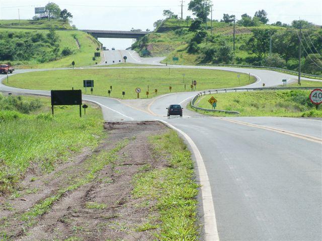 Duas pessoas morrem em acidentes nas rodovias