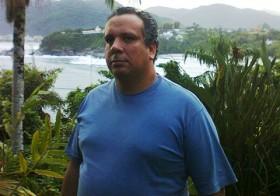 Luto pela morte do jornalista Marcos Guerra