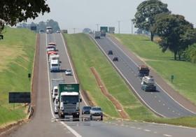 Acidente com duas mortes na rodovia Washington Luiz