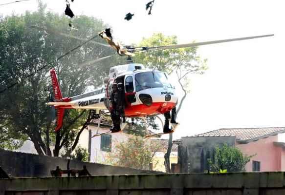 Helicoptero Águia