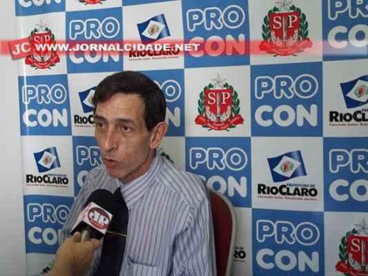 O superintendente do Procon Rio Claro, Sergio Santoro