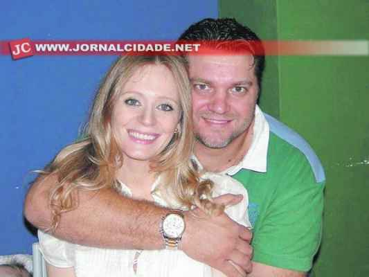 Andreia e o marido Israel Chinellato. Campanha pretende ajudar o rio-clarense