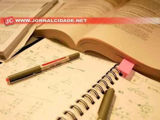 O Exame Nacional para Certificação de Competências de Jovens e Adultos oferece diploma de Ensino Fundamental