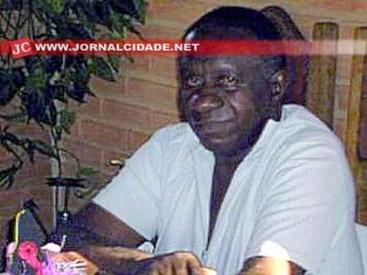 O idoso que trabalhava como guardador de carros foi espancado durante a madrugada