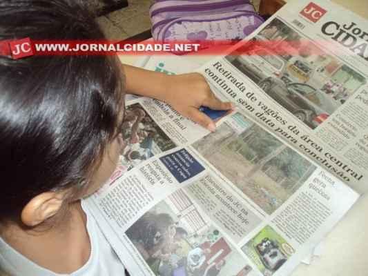 O Jornal Cidade e o suplemento infantil Cidadinha reforçam o ensino em sala de aula, contemplando alunos do 1º ano C da Escola Municipal Nilva de Lourdes Rocha Oliveira