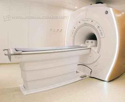 O aparelho é indicado para diagnóstico de escleroses, derrames, tumores, entre outros