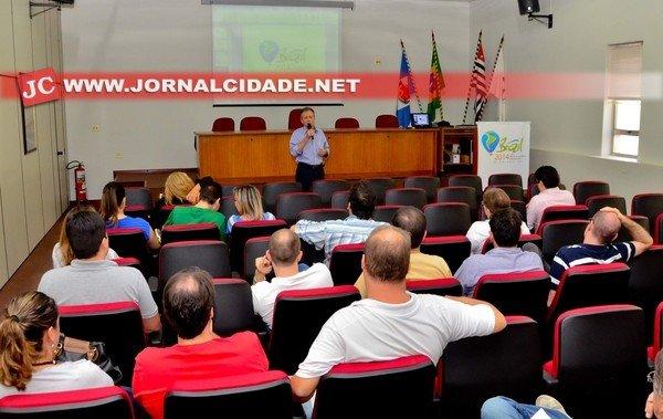 A reunião foi realizada no auditório da Acirc, com o objetivo principal de discutir ações para recepcionar as pessoas que disputarão o Mundial e o público