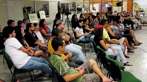 O Bate-papo Cultural é um evento mensal realizado pelo Arquivo Público de Rio Claro