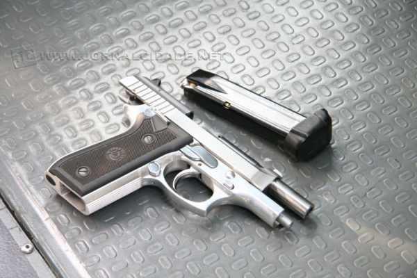 Arma calibre 380 utilizada por sargento