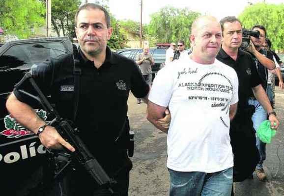 Luiz Perin, condenado pelo assassinato do vereador Nalin, estava foragido e se apresentou no dia do julgamento