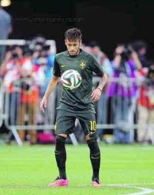 Neymar afirma que não quer ser o artilheiro e melhor jogador, mas sim campeão da Copa (Foto: Jefferson Bernardes/VIPCOMM)