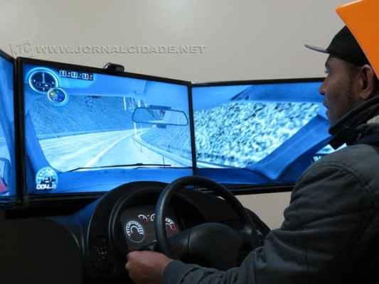 A medida obrigava o condutor, antes de ir para as aulas práticas nas ruas, a utilizar o simulador de direção nas autoescolas