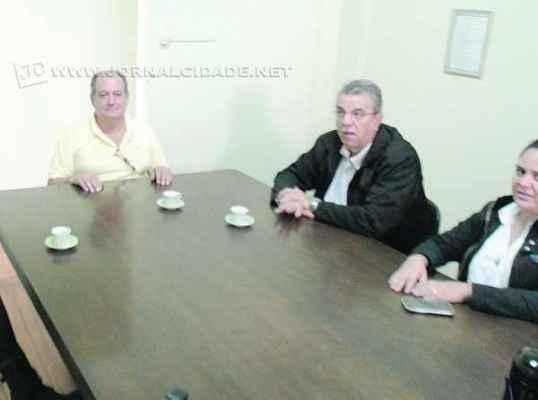 Célio Simões Cerri, do Sindicato do Comércio Varejista de Rio Claro, recebeu a imprensa na tarde dessa terça-feira (3)