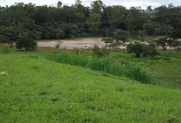 Daae admite a queda na vazão do rio, mas descarta o racionamento de água em Rio Claro e cobra uso racional