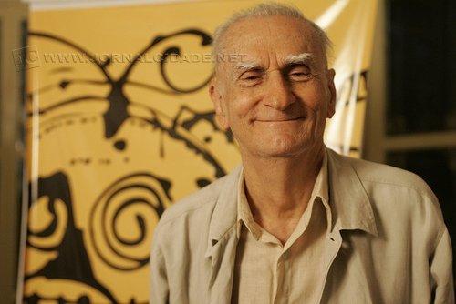 O dramaturgo, romancista e poeta paraibano nasceu em João Pessoa, em 16 de junho de 1927