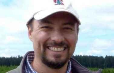 O professor doutor Mauro Galetti, docente do Departamento de Ecologia da Universidade Estadual Paulista (UNESP – Rio Claro)