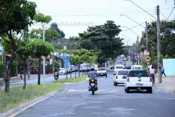Via é importante artéria de ligação para bairros como Jardim América, Vila Cristina, Arco-Íris, São Miguel, entre outros