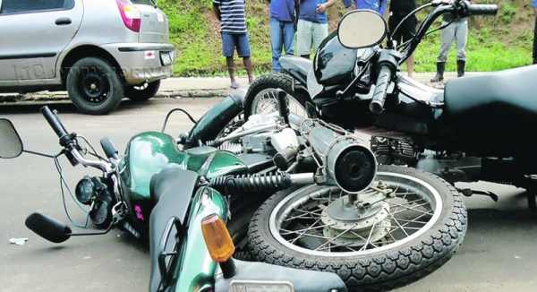 Os problemas verificados no trânsito local estão relacionados à desobediência dos motoristas quanto às leis e sinalização