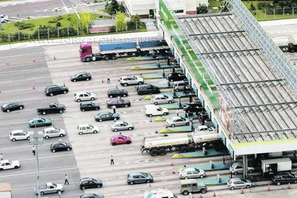O pedágio é a principal fonte de recursos para manter e recuperar as rodovias concedidas