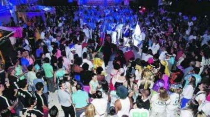 A comunidade compareceu para prestigiar a escola azul e branco