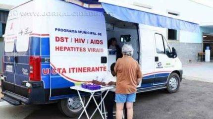 A unidade realiza testes rápidos gratuitos de Hepatite e Sífilis para a população interessada