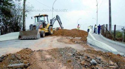 TRÂNSITO IMPEDIDO: obras, que se iniciaram na última segunda-feira (25), devem prosseguir até o dia 5 de setembro