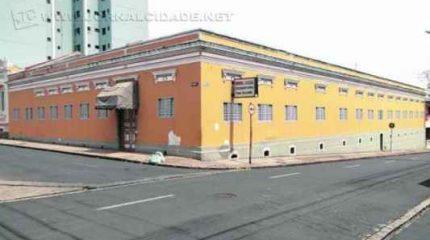 O Condephaat recebeu no ano passado pedido de tombamento do prédio, mas diz não ter recebido documentos suficientes