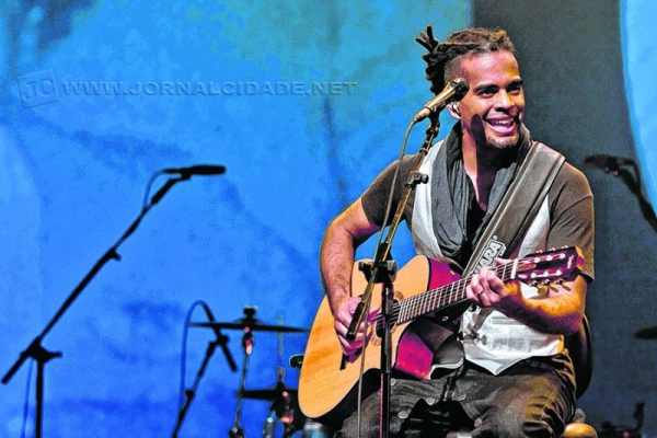 Filho de Jair Rodrigues, Jair Oliveira se apresenta em RC