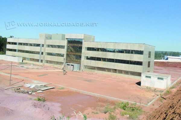 Fachada do prédio do novo Fórum que está sendo construído na região do bairro Bela Vista, próximo à Unesp (foto arquivo)