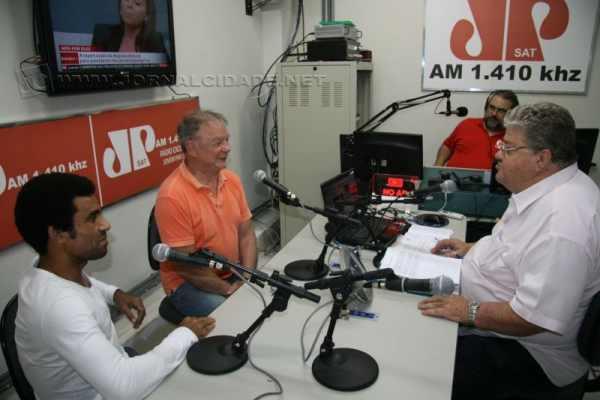 Ewerton de Castro participou do programa na Rádio Excelsior Jovem Pan