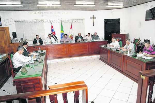 Sessão plenária foi realizada na noite de terça-feira, 10 de fevereiro, na sede do legislativo em Santa (Foto: Arquivo)