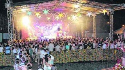 Um dos eventos mais aguardados do Grêmio, o Baile do Hawaí sempre reúne grande público