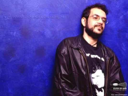 O cantor e compositor Renato Russo morreu em 11 de outubro de 1996