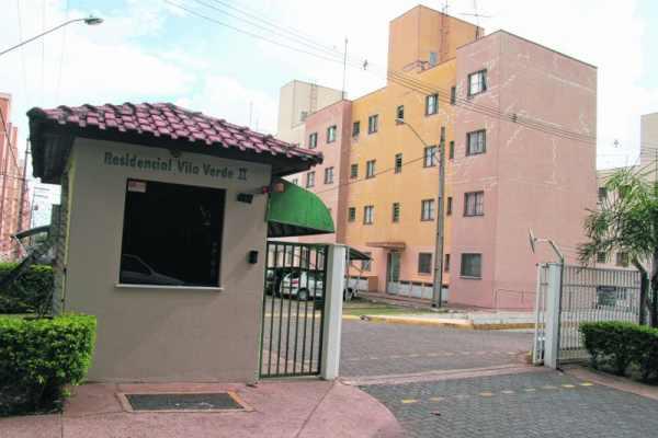 Vista da portaria do residencial Vila Verde II, que está ficando sem porteiro no horário diurno desde a última quinta-feira (30)