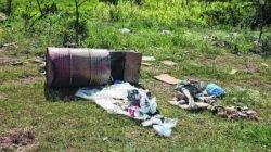 SUJEIRA: terreno baldio no Boa Vista recebe todo e qualquer tipo de entulho, apesar das intervenções do Poder Público