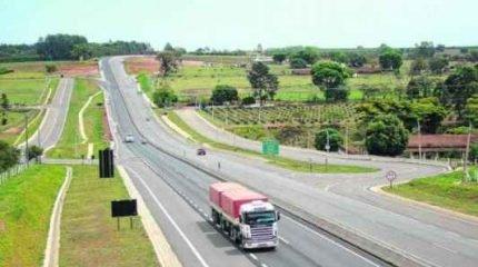 A concessionária Intervias tem sede na cidade vizinha de Araras e faz parte do Grupo Arteris