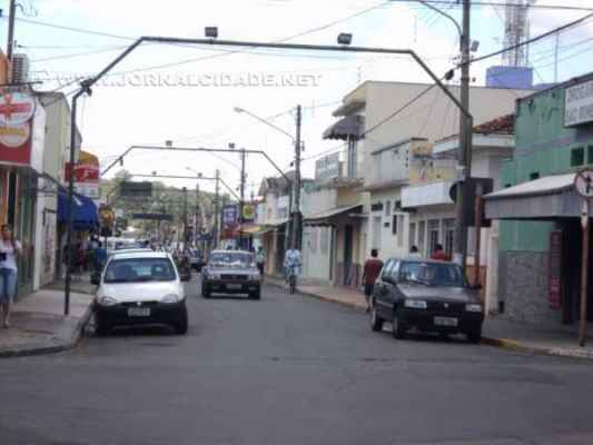 Em Itirapina, prefeito pede para que munícipes verifiquem o funcionamento das lâmpadas