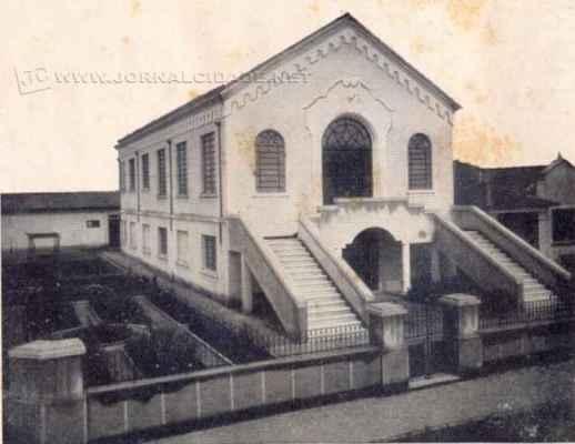 Atual prédio da filial Rio Claro foi inaugurado em outubro de 1943, localizado na Rua 3 esquina da Avenida 11, no Centro; Construção tem a assinatura do engenheiro Dr. Augusto Schmidt Filho
