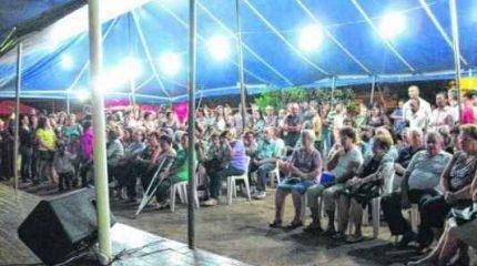 Na noite de quinta-feira (11), o público assistiu à Cantata de Natal na Capela Santa Luzia; comemoração continua neste sábado