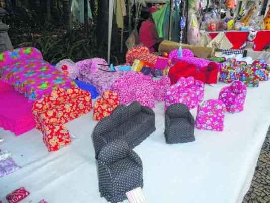 artesanato no jardim:Feira de artesanato é destaque no Jardim Público – Jornal Cidade