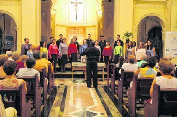 Coral Municipal de Rio Claro realiza diversas apresentações durante o ano. Grupo está com inscrições abertas para Cantata