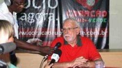 O presidente Adalberto Irineu Borges durante a coletiva de imprensa no Benitão