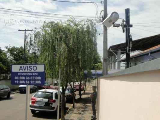 A EMEIF Zezé de Sales recebeu câmeras na entrada, na quadra, nos corredores e no pátio da escola