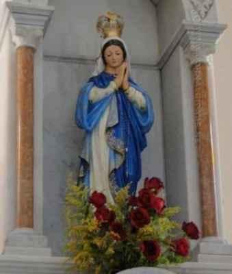 Em Ipeúna, a Paróquia Matriz celebrou a Imaculada Conceição logo pela manhã desta quinta-feira (8) com missa solene e coroação da imagem.