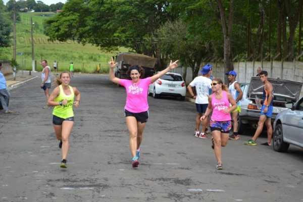 Corrida de São Silvestre em Corumbataí terá início às 18 horas desta quarta-feira (dia 31). (Foto: Divulgação)