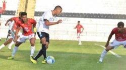 Rubro-Verde teve as melhores oportunidades, mas o Rio Branco soube aproveitar e marcou seu gol (Foto: Sanderson Barbarini)