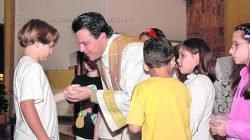 Padre Ronaldo durante celebração na Matriz São João Batista que terá como novo pároco o padre Antonio Portilho