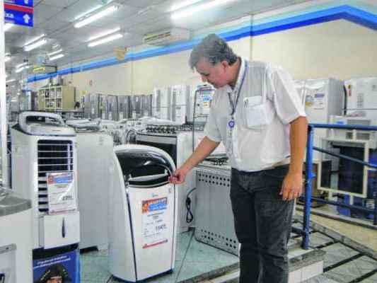Dentre os produtos mais vendidos, desde novembro, aparelhos de ar condicionado e climatizador portátil se destacam pela praticidade na utilização