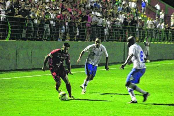 O Rubro-Verde vai estrear na série A-2 contra o Rio Branco, fora de casa, às 17 horas